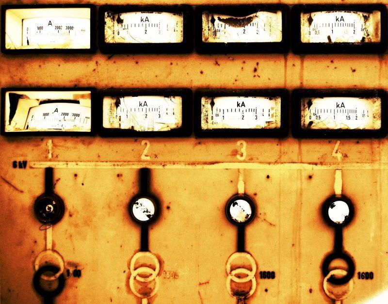 مخاطر الكهرباء - مصنع باور سيفتي